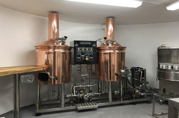 Sweden two vessels red copper 200L brewhouse