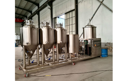 What are the Advantages of Complete Winemaking Equipment?